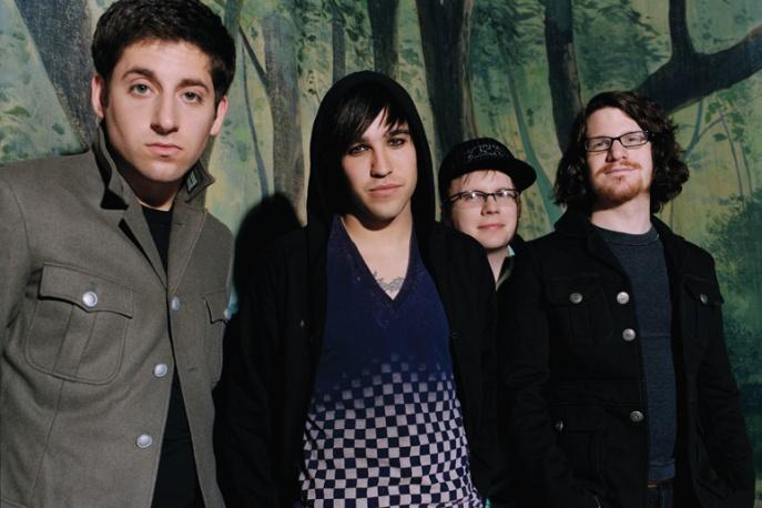 Tajemnicze gwiazdy na płycie Fall Out Boy