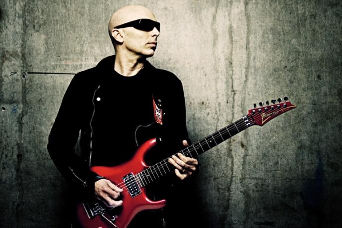 Szczegóły albumu Satrianiego