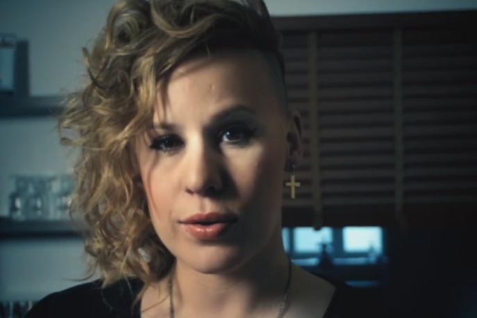 "O.S.T.R. & Hades feat. Sacha Vee – ""Psychologia tłumu"" – video"