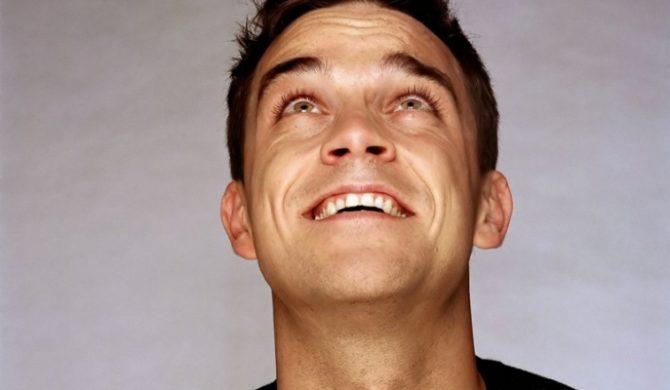 Robbie Williams naśmiewa się z Brit Awards