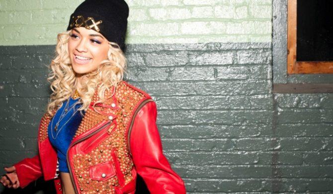 Rita Ora wyda przed Świętami