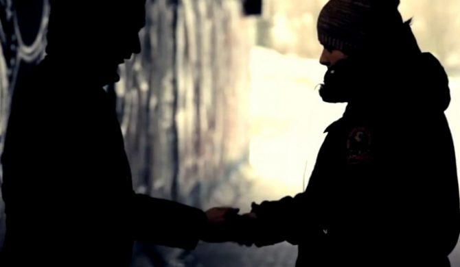 """Młody M / Radonis """"Na uwięzi"""" (video)"""