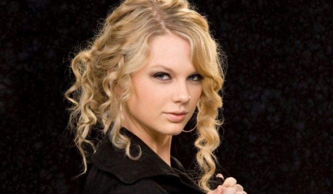 Taylor Swift zaśpiewała na żywo z Edem Sheeranem (VIDEO)