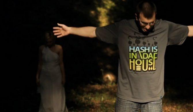 TuszNaRękach chwali album Tedego