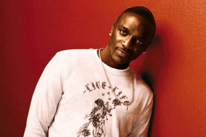 Posłuchaj wspólnego utworu Akona i Davida Guetty (AUDIO)