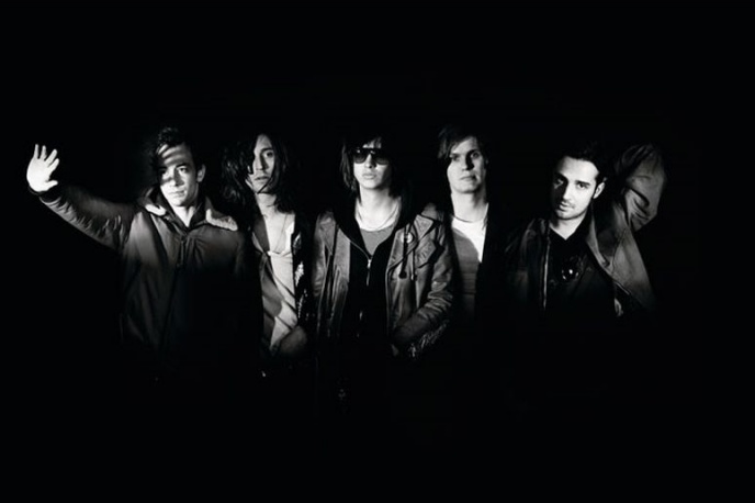 The Killers zagrali The Strokes (wideo)
