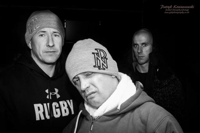 """""""CNO2/Hip Hop wciąż żywy"""" jest nowy klip Slums Attack!"""