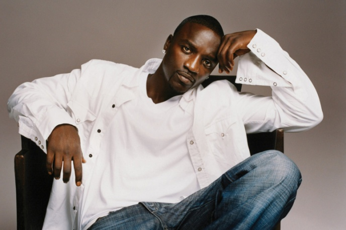 Akon nagrywa z Robertem M