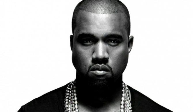 Osobliwy t-shirt od Kanye Westa