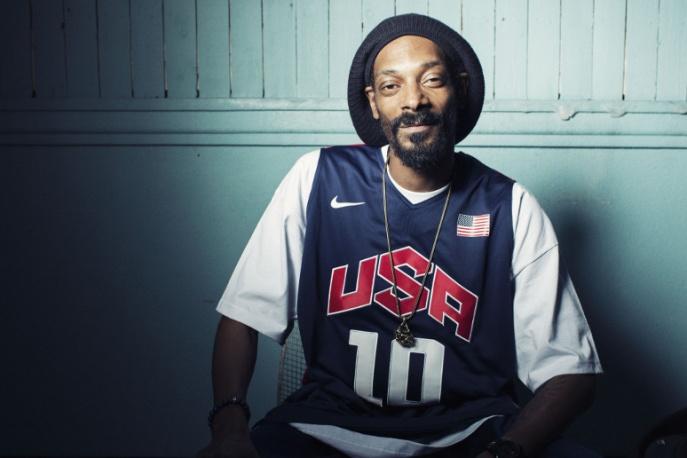 Snoop znów kręci z Izą Lach