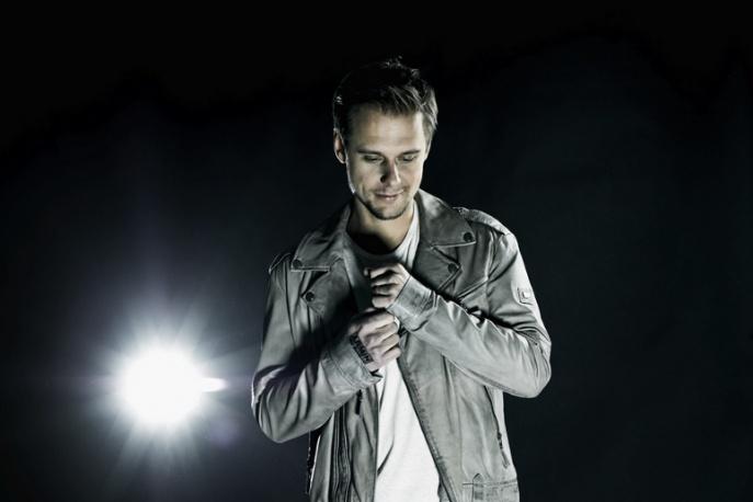 Armin Van Buuren – nowy teledysk i kompilacja (wideo)