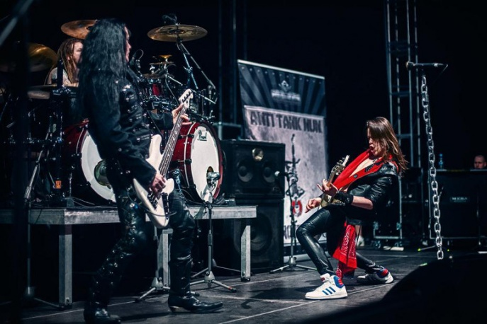 Anti Tank Nun jesienią na koncertach