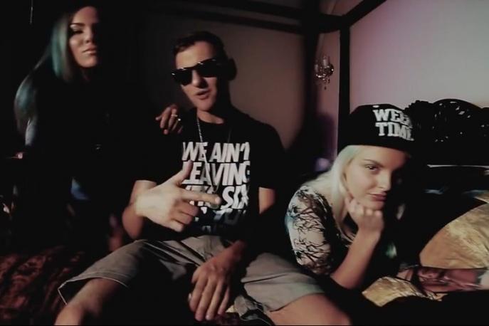 "Zelo – ""Hrabia"" feat. Zawik, Tomson (wideo)"