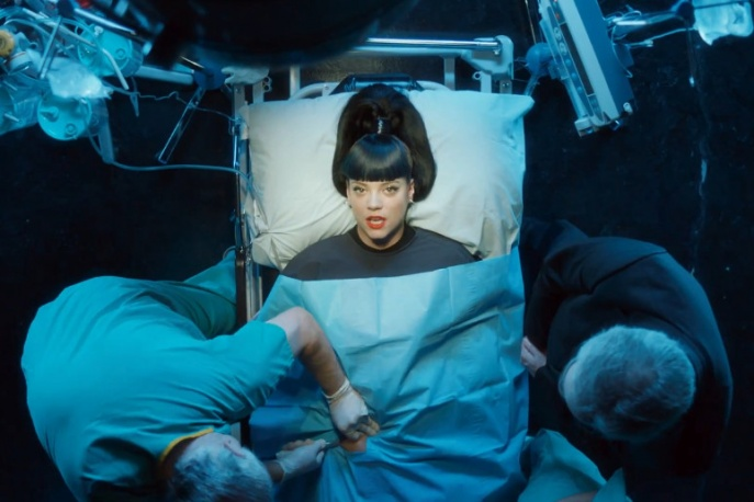 """""""Hard Out Here"""" – powrót Lily Allen (wideo)"""