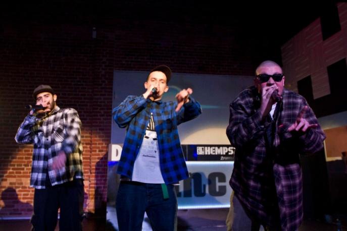 Centrum Strona na żywo w Rap Kanapie (wideo)