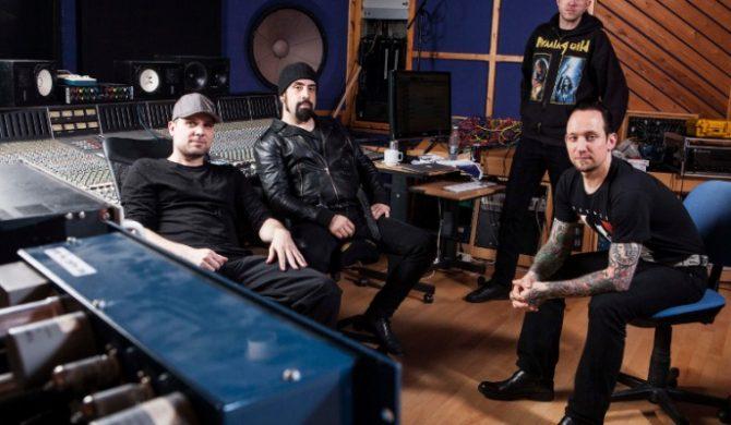 Volbeat, Saxon, Testament i inni na składance z Wacken