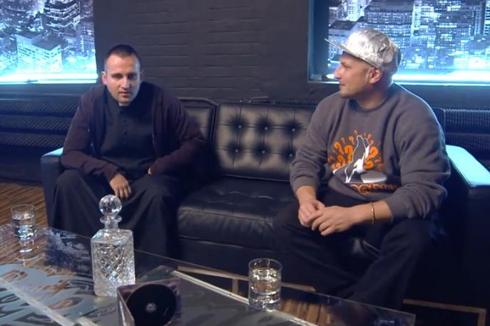 """Ks. Jakub Bartczak: """"Rap nie może kolidować w byciu księdzem"""" (wideo)"""