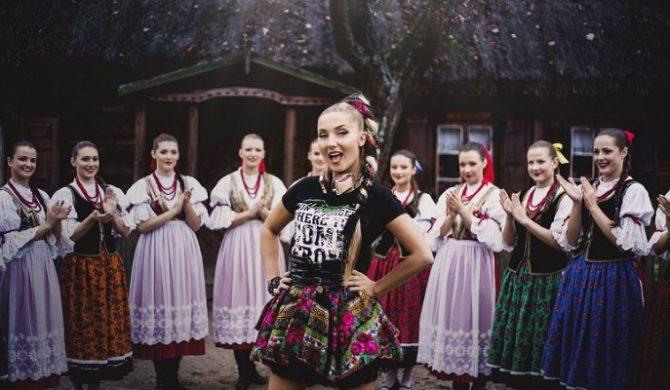 """""""Slavic Girls"""", czyli anglojęzyczna wersja hitu Donatana i Cleo (wideo)"""