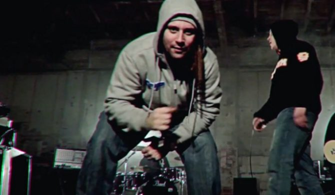 "Kroolik Underwood – ""Pogo"" (wideo)"