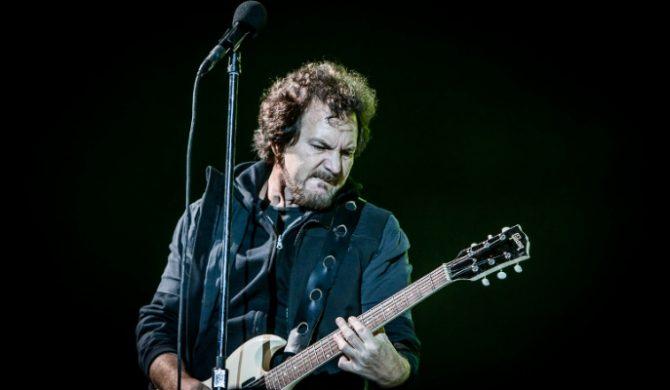 """Eddie Vedder przerobił """"Imagine"""" Johna Lennona (wideo)"""