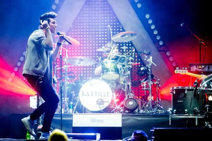 """""""Bad News"""" – nowe wideo Bastille"""