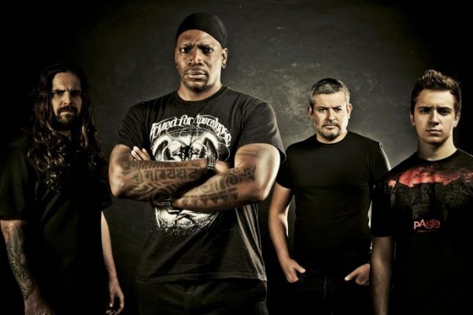 Sepultura wydaje koncert z Rio
