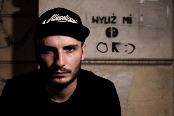 """LJ Karwel – """"Nienawidzę ludzi"""" – nowy klip"""