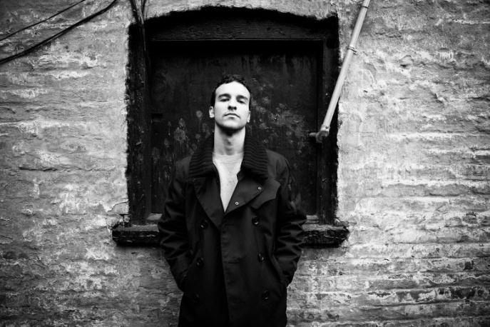 Gabriel Garzón-Montano supportem Lenny`ego Kravitza