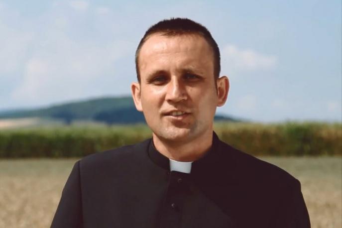 """Ks. Jakub Bartczak – """"Po prostu wierzę"""" (wideo)"""