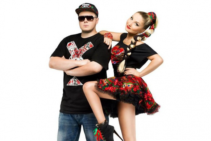 """Donatan/Cleo – """"Brać"""" ft. Enej – zobacz lyric video"""