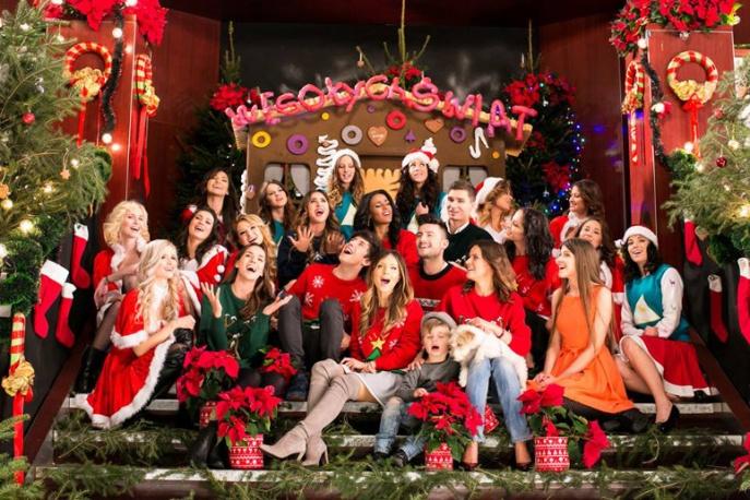"""""""Kocham te święta"""" – Dawid Kwiatkowski, Marina Łuczenko i inni w świątecznej odsłonie"""