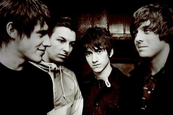 Książka o Arctic Monkeys na początku marca
