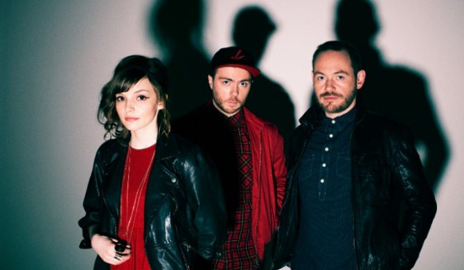 """Chvrches coverują """"Cry Me a River"""" Justina Timberlake`a (wideo)"""