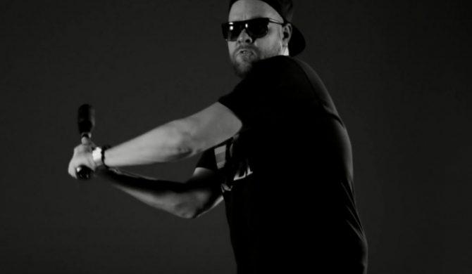 "Diox HIFI ft. – ""Oni tego chcą rmx"" ft. Miuosh, Mosad, Małach, Vienio, PMM, Haju, Tede, PeeRZet (wideo)"