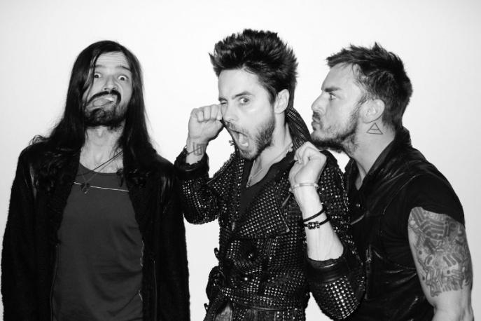 Fani na prywatnym koncercie w garderobie Thirty Seconds To Mars