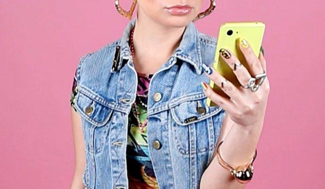 """Gonix/Dore – """"Samo***ka"""" – hymn miłośników selfie (wideo)"""