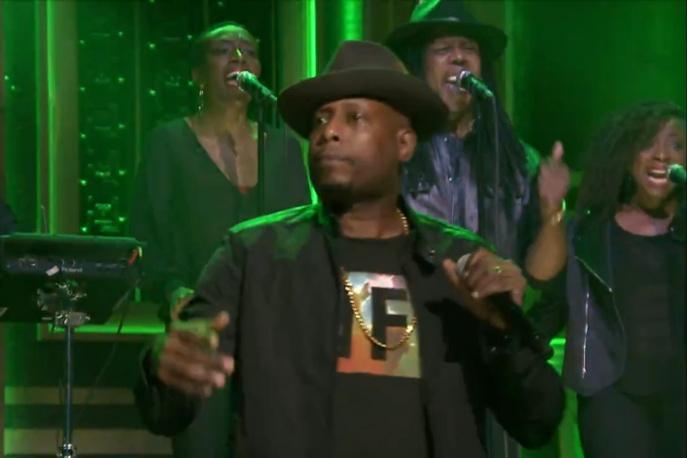 Talib Kweli z wpólnie z Rapsody i The Roots zaprezentowali u Fallona premierowy utwór
