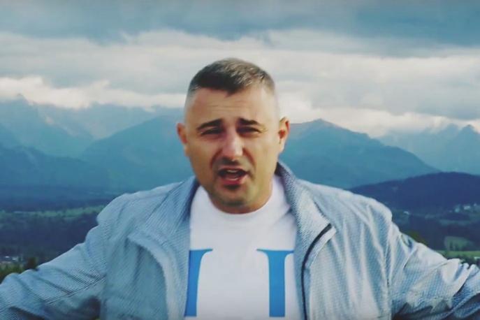"""Bosski, Pih i Marcin Knutelski w nowym klipie promującym """"Drużynę Mistrzów"""""""