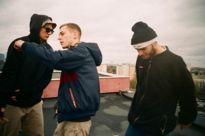 Kuba Knap, Zetenwupe, Wrotas i DJ Lazy One jako OLL47. Płyta jeszcze w tym roku