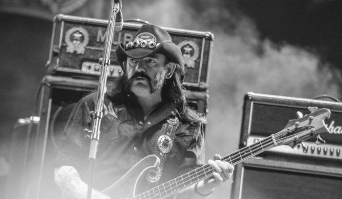 Przez te wszystkie lata był żywym dowodem na to, że rock`n`roll czyni nieśmiertelnym…