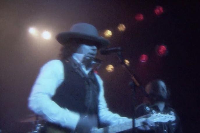 "Jimmy Fallon wykonał ""Hotline Bling"" Drake`a parodiując… Boba Dylana"