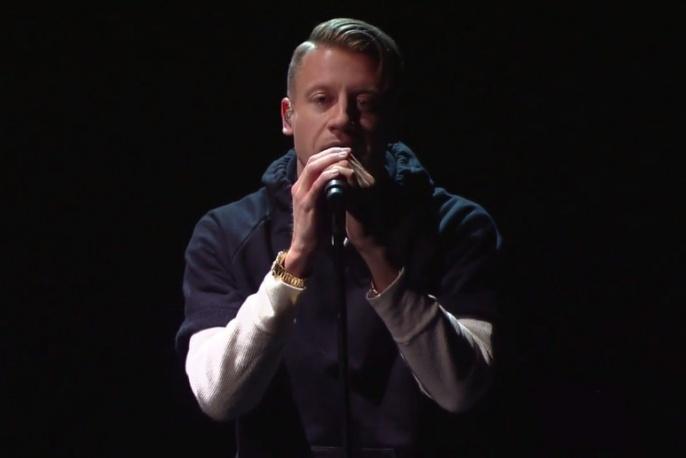 "Macklemore i Ryan Lewis na żywo z ""White Privilege II"" (wideo)"