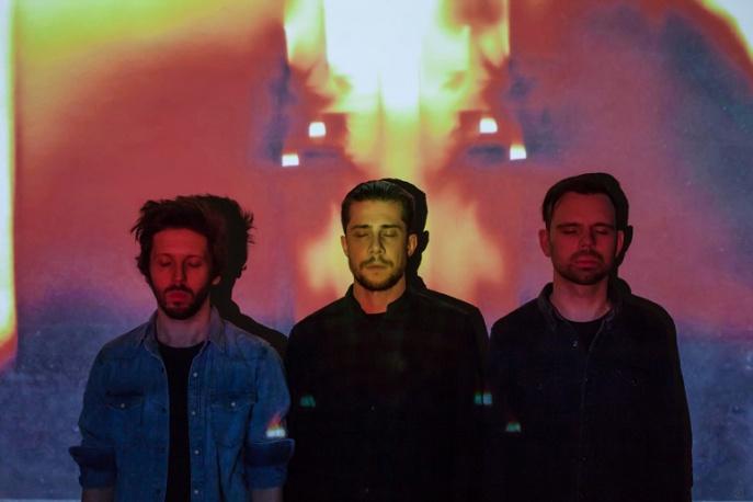 Nowy album Heroes Get Remembered już w sklepach