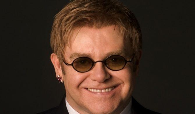 Schorowany Elton John