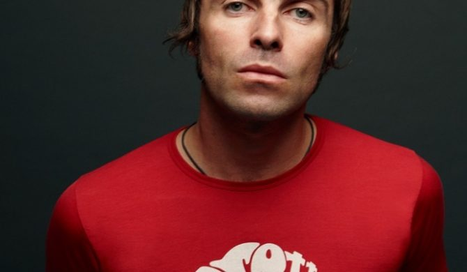 Liam Gallagher kombinuje
