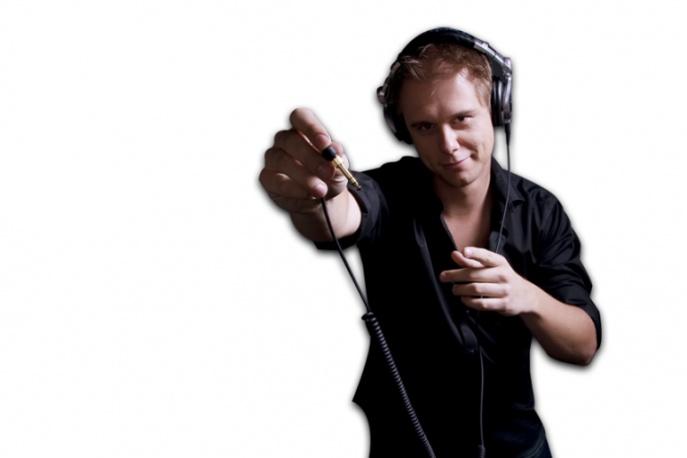Armin Van Buuren feat. Van Velzen – Broken Tonight (teledysk)