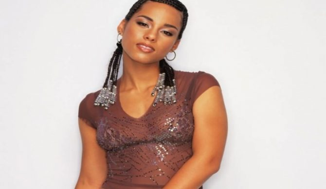 Alicia Keys karaoke [video]