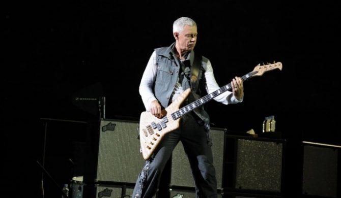 Okradła basistę U2