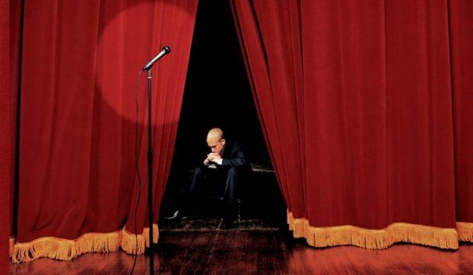 Eminem zaprasza na kolana
