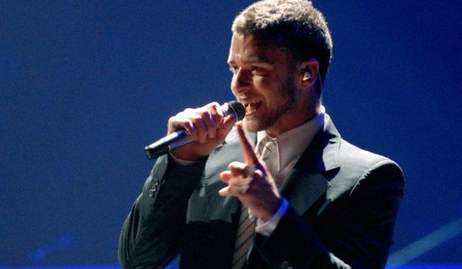 Timberlake Siedział Godzinami Na Telefonie
